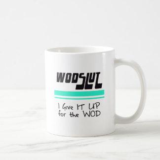 WODSLUT crossfit Mugs