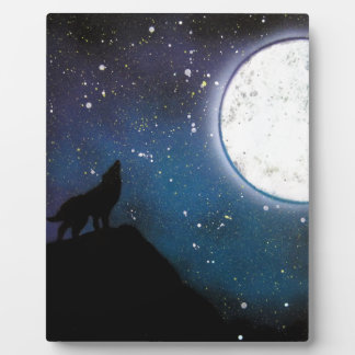 Wolf Howling at Moon Spray Paint Art Painting Plaque