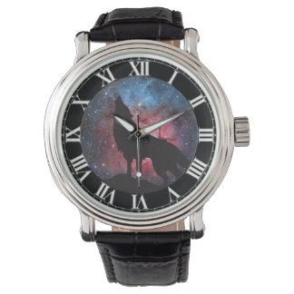 Wolf Howling in Galaxy Watch