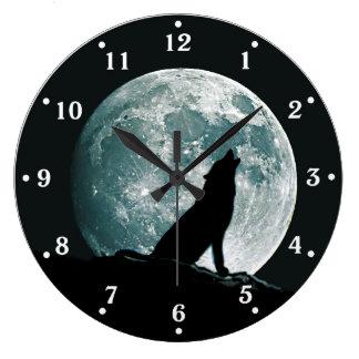 Wolf Howling Wildlife Wall Clock