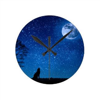 wolf moon stars round clock