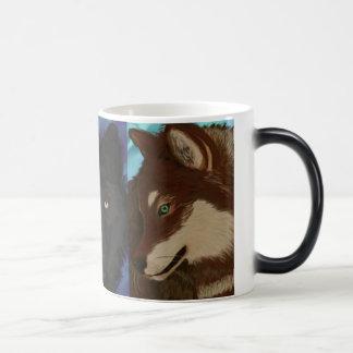 Wolf of many colors magic mug