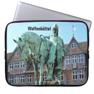 Wolfenbüttel, rider monument (Wolfenbuettel) 1.2.T Laptop Sleeve