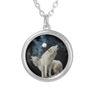 Wolfsong silver necklace