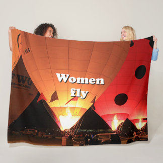 Women fly: hot air balloon 2 fleece blanket