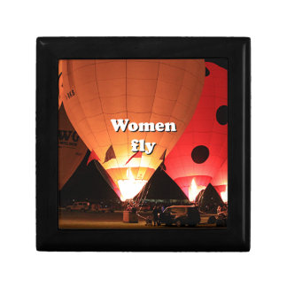 Women fly: hot air balloon 2 small square gift box