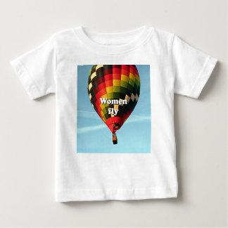Women fly: hot air balloon baby T-Shirt