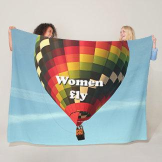 Women fly: hot air balloon fleece blanket