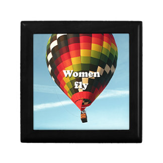 Women fly: hot air balloon small square gift box