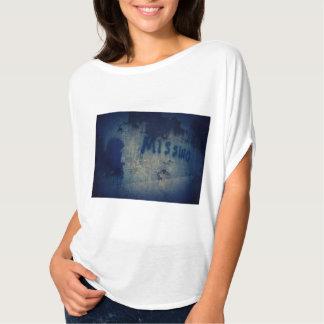 Women's Bella Damaged Heart Flowy Circle Top Shirt