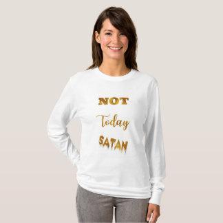 Women's long sleeve White, lightweight shirt. T-Shirt