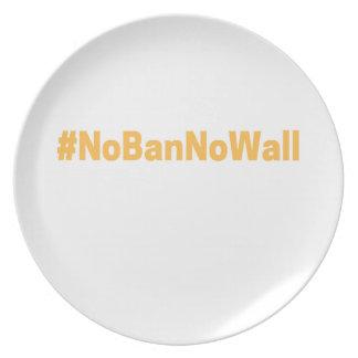 Women's March #NoBanNoWall Plate