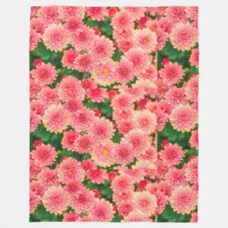 Women's trendy pink flower blanket