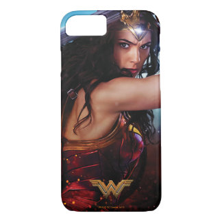 Wonder Woman Blocking With Sword iPhone 8/7 Case