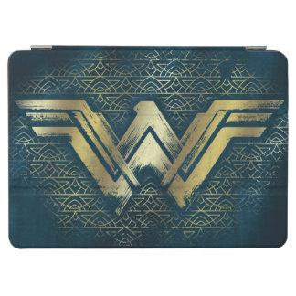 Wonder Woman Brushed Gold Symbol iPad Air Cover