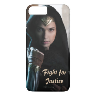Wonder Woman in Cloak iPhone 8 Plus/7 Plus Case