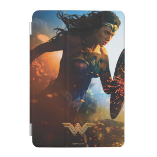 Wonder Woman Running on Battlefield iPad Mini Cover