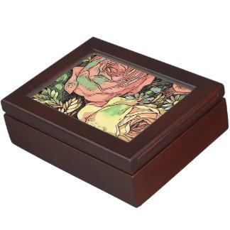 Wonderful Roses Keepsake Box