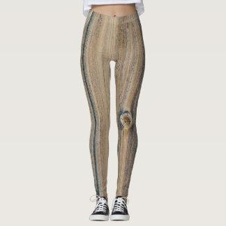 Wood grain textures in brown shades leggings