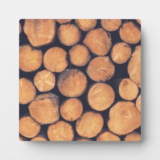 Wood logs plaque