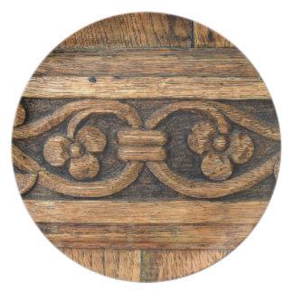 wood panel sculpture plate