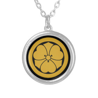 Wood sorrel with swords in circle 1 silver plated necklace