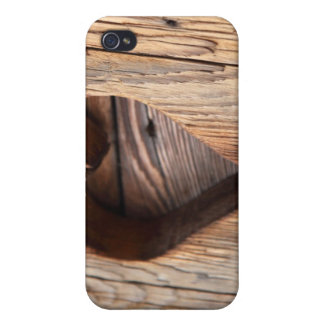 Wooden Heart Cases For iPhone 4