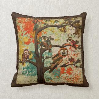 Woodland Hoot Mojo Pillow