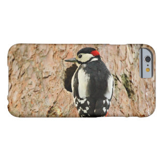 woodpecker on his tree barely there iPhone 6 case