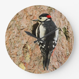 woodpecker on his tree large clock