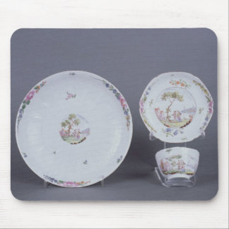 Worcester teabowl and saucer and dish mouse pad