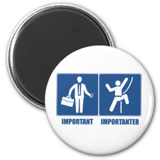 Work Is Important, Climbing Is Importanter 6 Cm Round Magnet