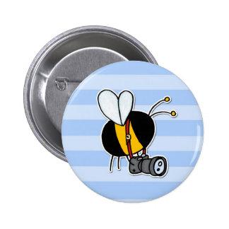 worker bee - photographer 6 cm round badge