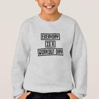 Workout Day fitness Z2y22 Sweatshirt