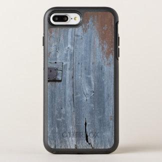 Worn and Rusty Wooden Door OtterBox Symmetry iPhone 8 Plus/7 Plus Case