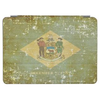 Worn Patriotic Delaware State Flag iPad Air Cover