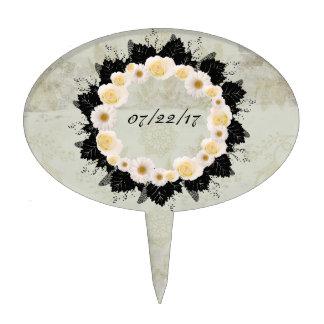 """Wreath """"White Wedding"""" White Flowers Cake Pick"""
