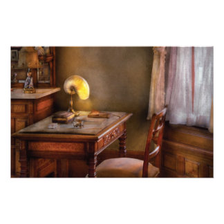 Writer - Desk of an Inventor Stationery Design
