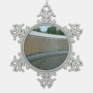 WWII Memorial Freedom Wall in Washington DC Pewter Snowflake Decoration