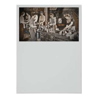 WWII Women in Assembly Line 14 Cm X 19 Cm Invitation Card