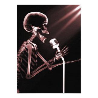 X-RAY VISION SKELETON SINGING ON RETRO MIC - RED 11 CM X 16 CM INVITATION CARD