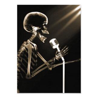 X-RAY VISION SKELETON SINGING ON RETRO MIC - SEPIA 11 CM X 16 CM INVITATION CARD
