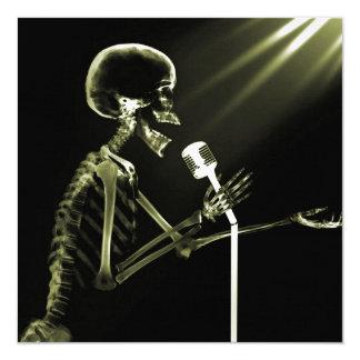 X-RAY VISION SKELETON SINGING ON RETRO MIC YELLOW 13 CM X 13 CM SQUARE INVITATION CARD