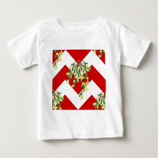 xmas chevron mistletoe baby T-Shirt