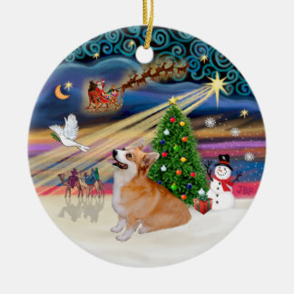 Xmas Magic - Welsh Corgi (Pembroke 7b) Ceramic Ornament