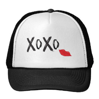 XoXo-Hugs-Kisses-with-Red-Lips Cap
