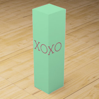 XOXO Wine Gift Box