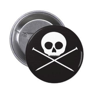 YarnCore Skull and Cross Needles 6 Cm Round Badge