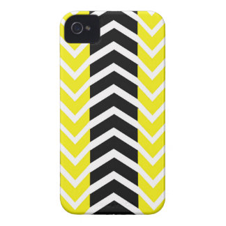 Yellow and Black Whale Chevron iPhone 4 Case