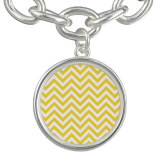 Yellow and White Zigzag Stripes Chevron Pattern